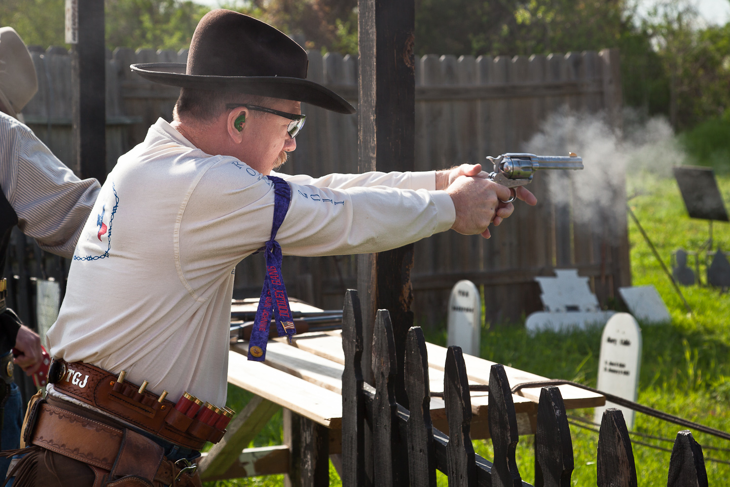 how to make cowboy action shooting targets